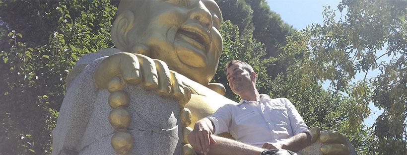 Ruben con Figura de Budha